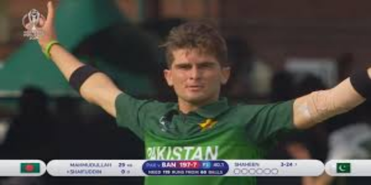 Lahore Qalandars coach Aaqib Javed has exposed that star pacer Shaheen Afridi has a very weak eyesight that had gone unnoticed until the start of his professional career.