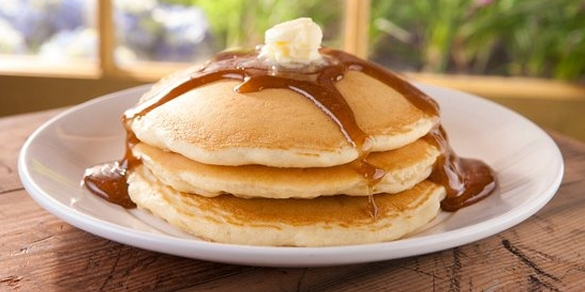 Enjoy The Fluffiest Pancakes At Home With This Recipe
