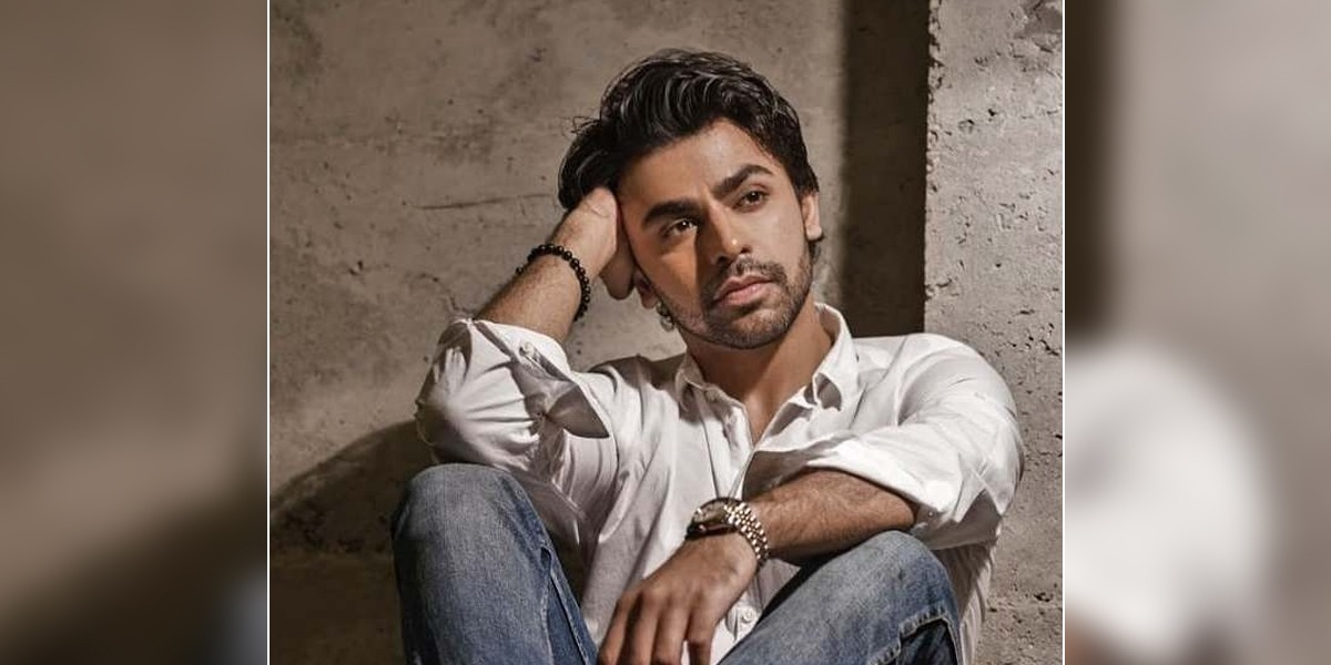 Farhan Saeed Gets Nostalgic As He Shares His Old Music Videos