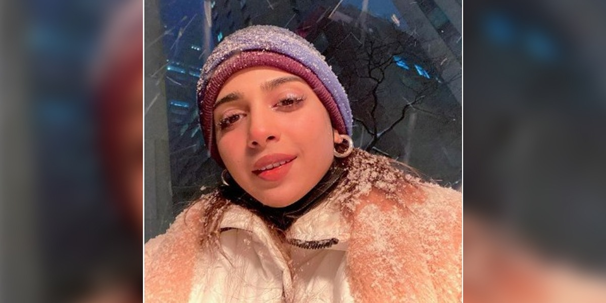 Sonya Hussyn Shares Photo Depicting Her Hanging Out In Snow