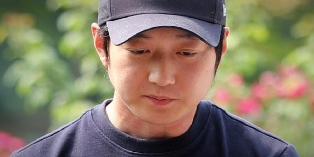 Cho Jae-beom jailed for 10 years