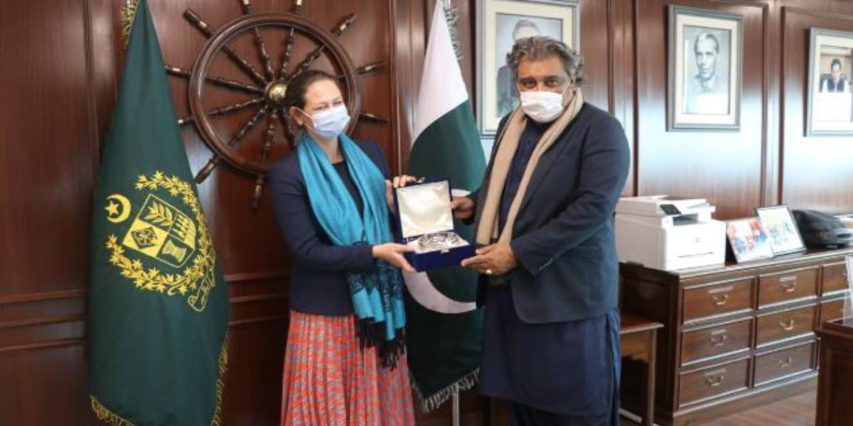 Denmark Pakistan strengthening ties