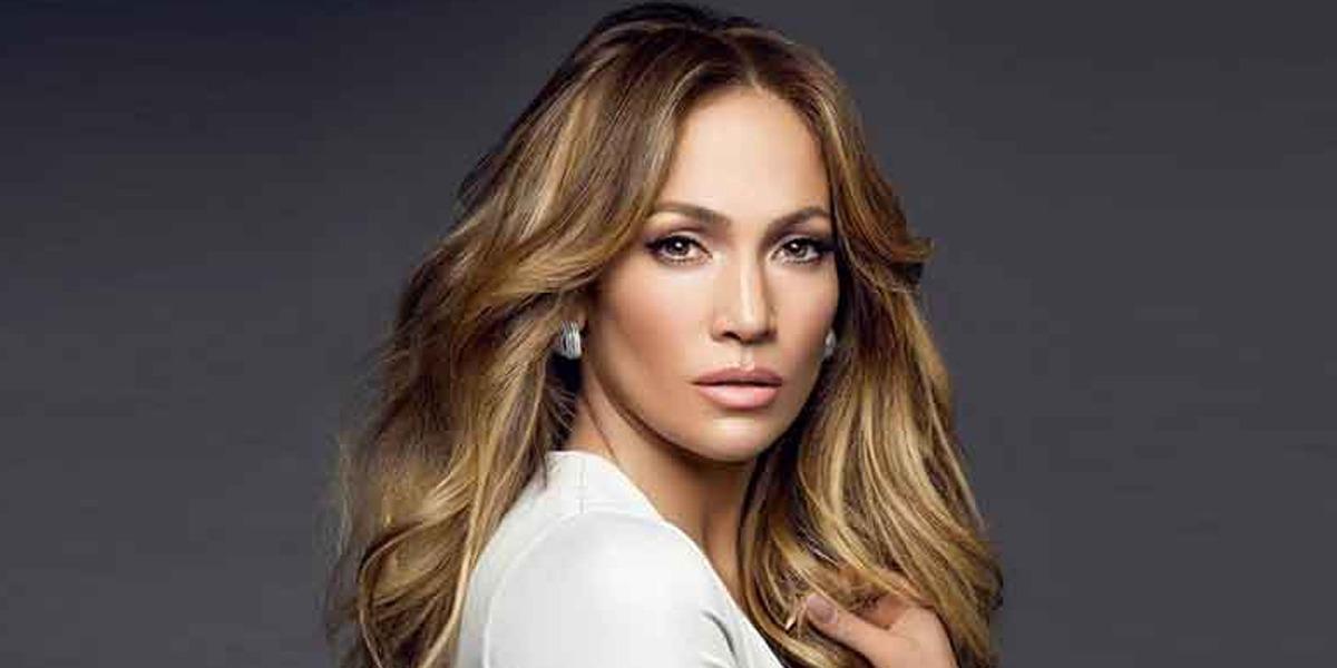 Jennifer Lopez heads off to gym