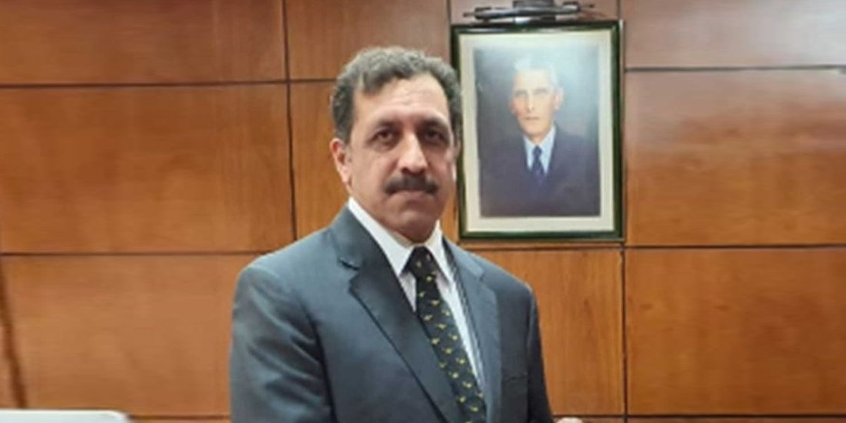 Pakistan's New Ambassador to UAE Assumes Office