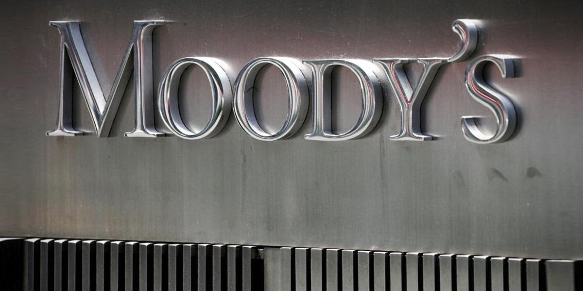 Pakistani Banks Face Slow Economic Recovery: Moody's