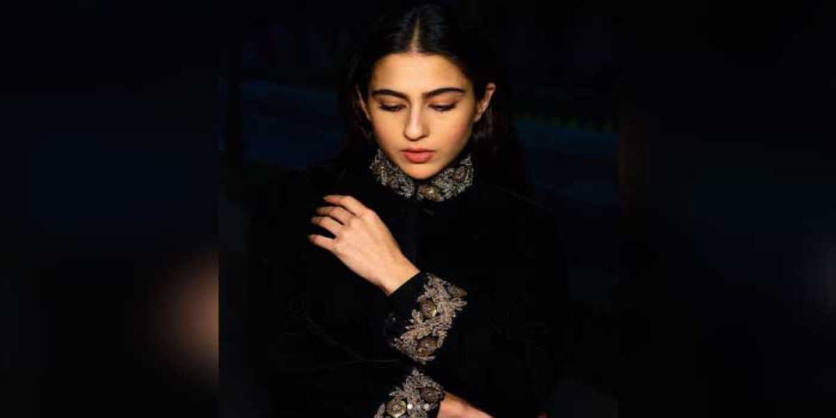Sara Ali Khan all black