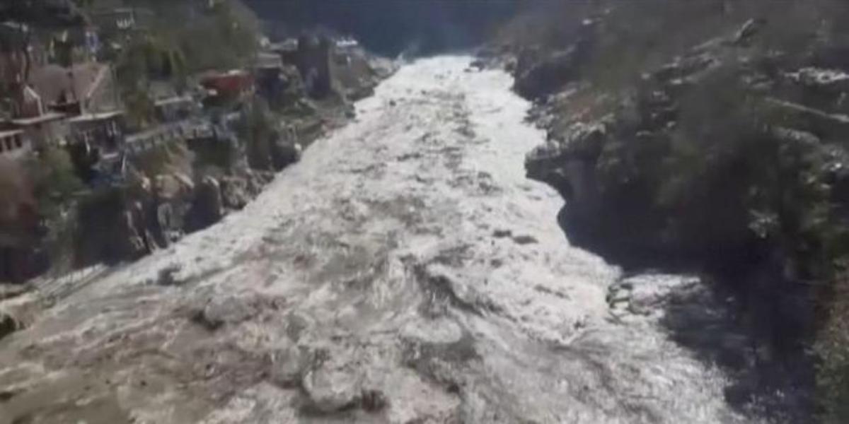 India Himalayan glacier breaks