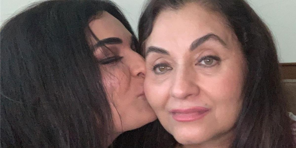 Meera Jee meets Salma Agha