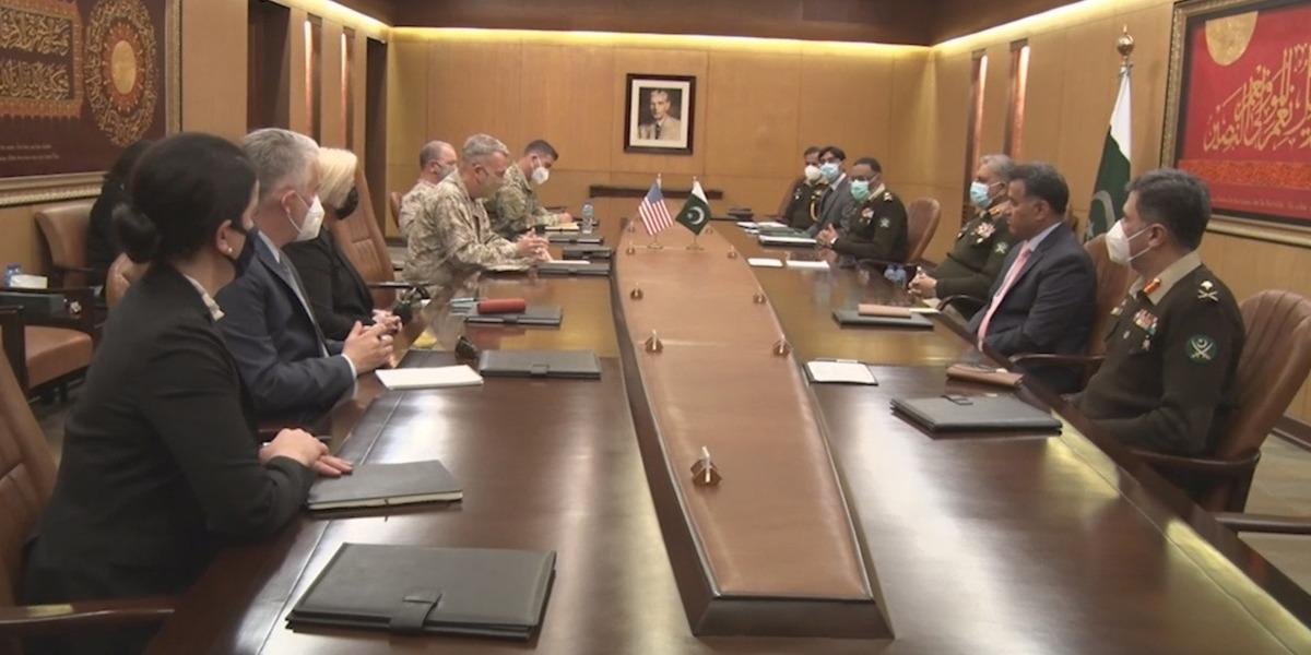 CENTCOM Commander Acknowledges Pakistan's Efforts In Fight Against Terrorism