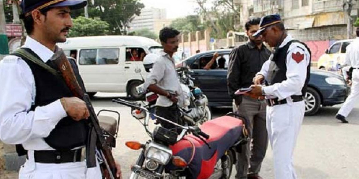 Traffic Police Gear Up For Action Against Vehicles Running On Open Letter