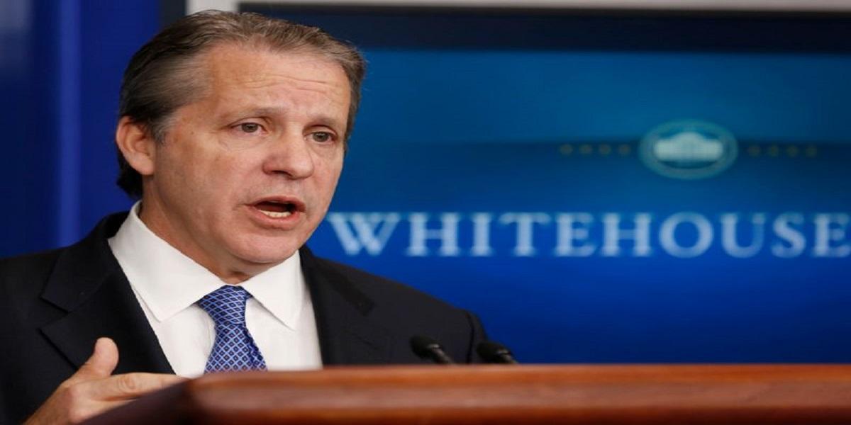 Economic adviser Covid-19 stimulus plan White House