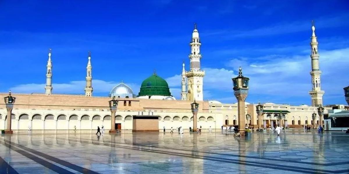 Masjid-e-Nabawi Taraweeh prayers
