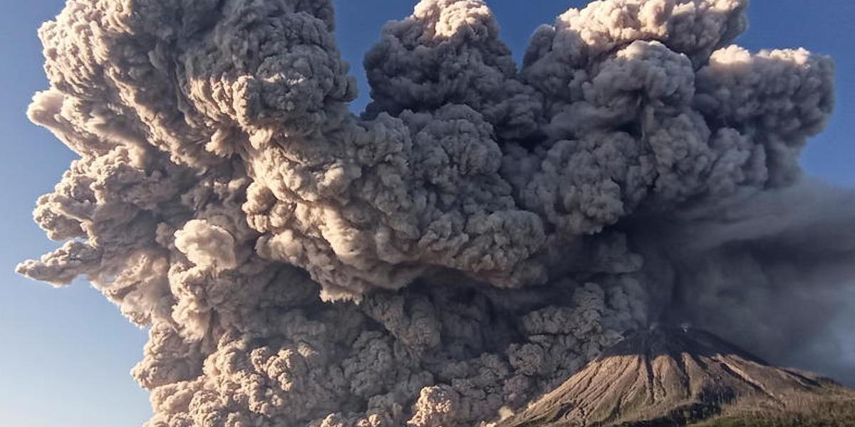 Indonesia Mount Sinabug volcano