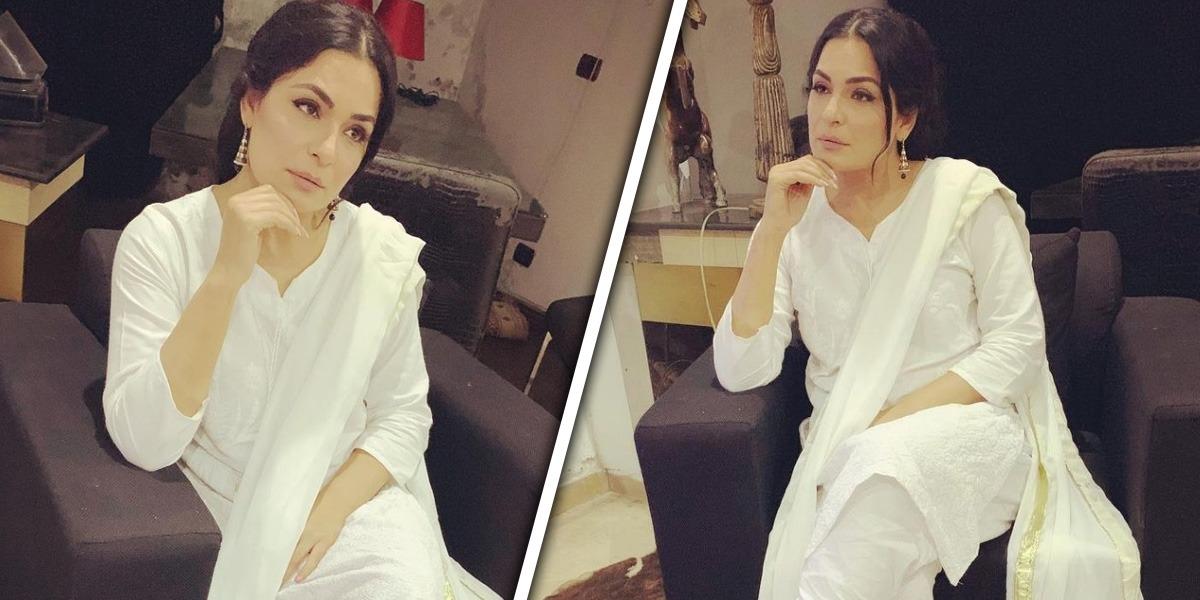 Meera Jee looks desi