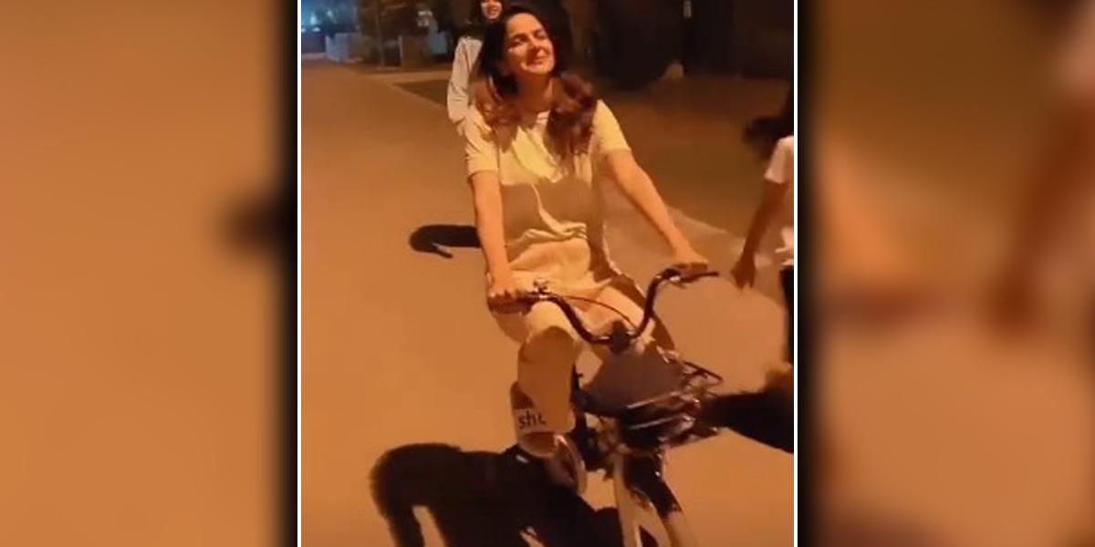 Saba Qamar video
