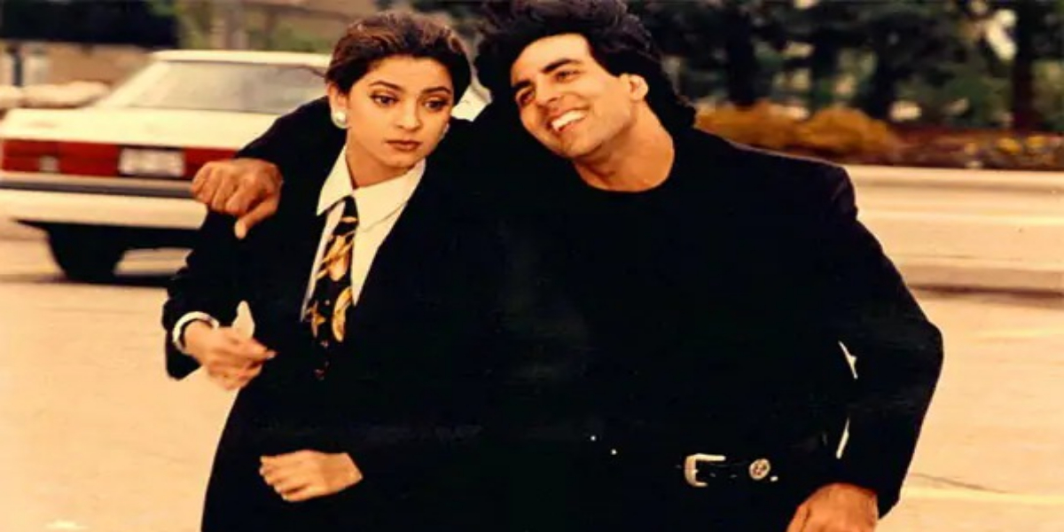 This Akshay Kumar & Juhi Chawla's 'Pawri' Video Brings 90s Nostalgia Back