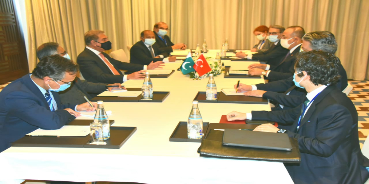 FM Calls On Turkish Counterpart On Sideline Of `Heart of Asia` Conference