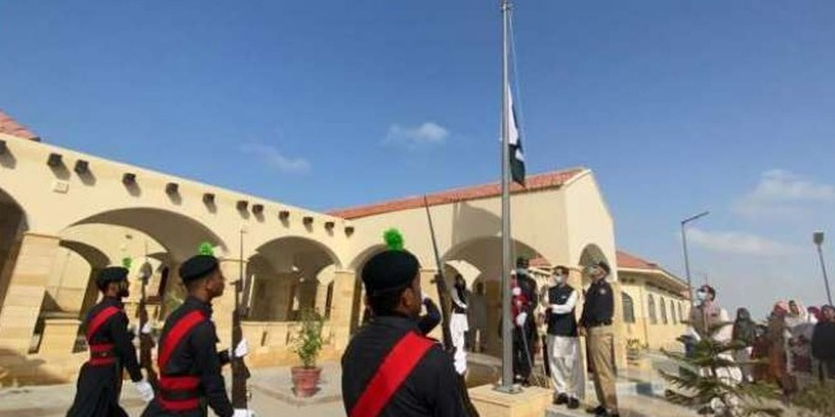 Pakistan Army, Deputy Commissioner Hold Flag Hoisting Ceremony In Gawader