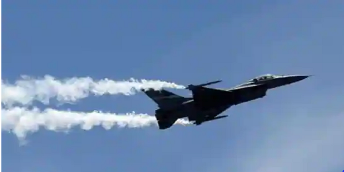 Pilot died as MiG-21 crashes in central India, source