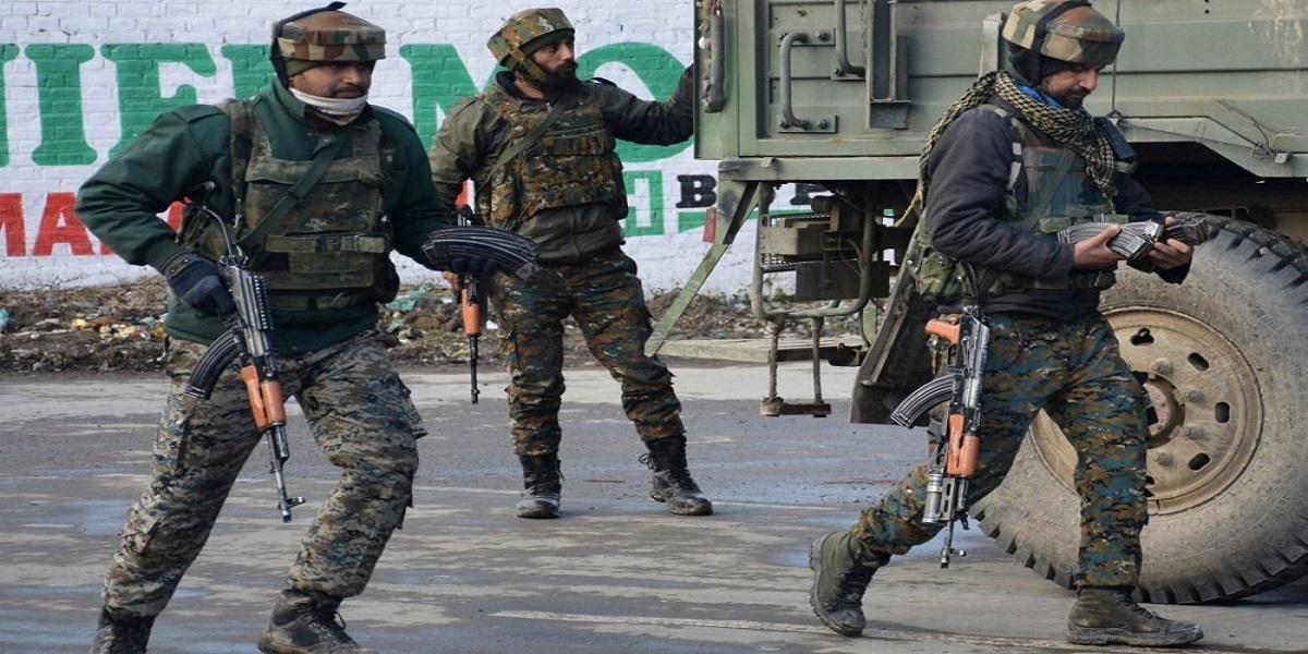 IIOJK Youth Indian troops