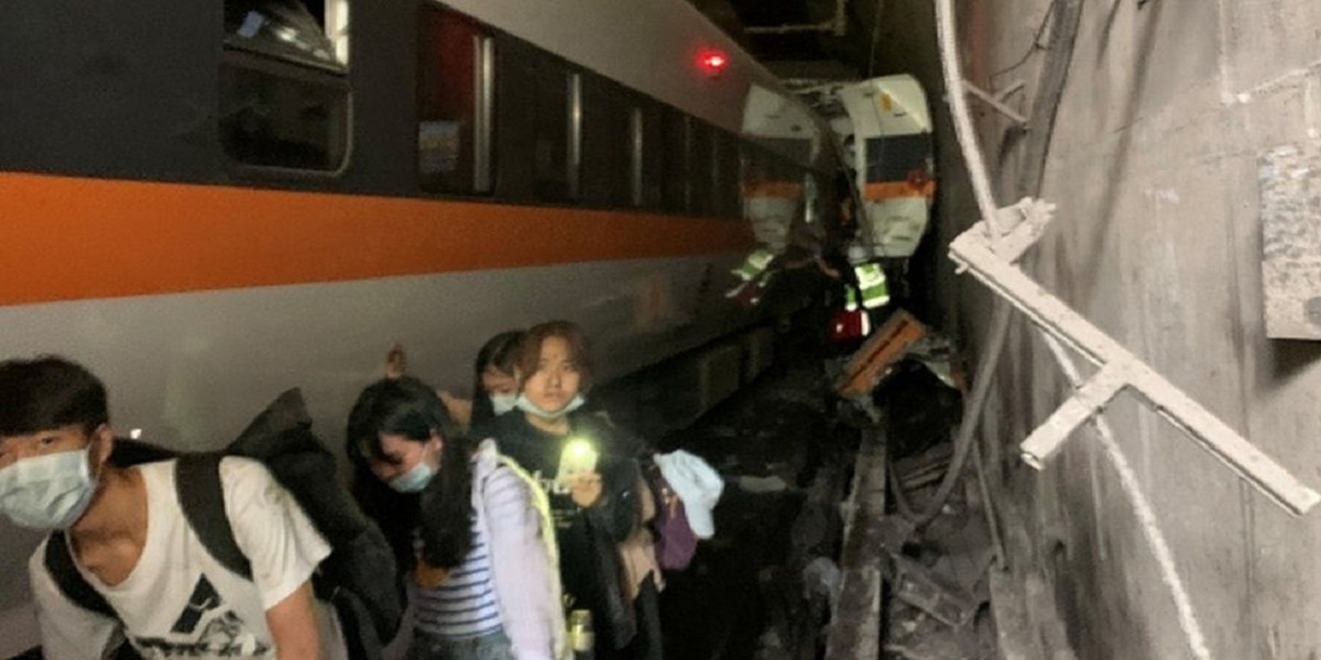 At least 34 killed in a train accident in Taiwan