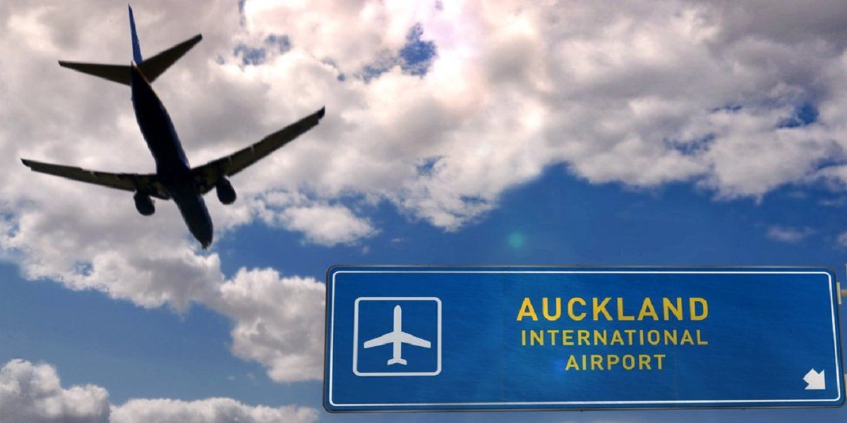 New Zealand: Airport worker tests positive