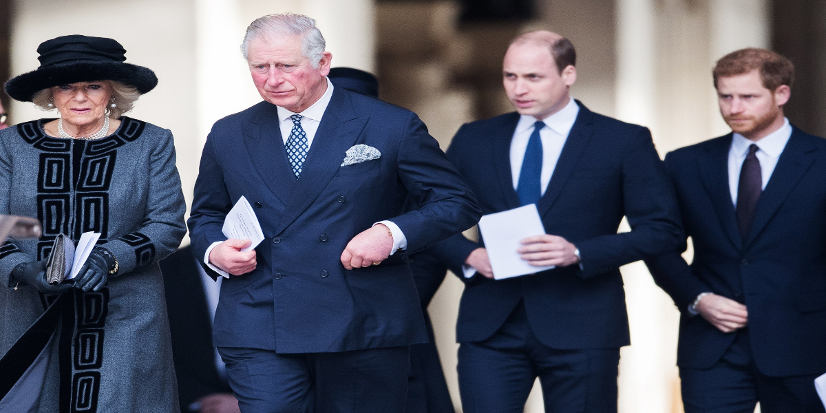 Queen Elizabeth is standing with Charles, William but against Harry, Meghan