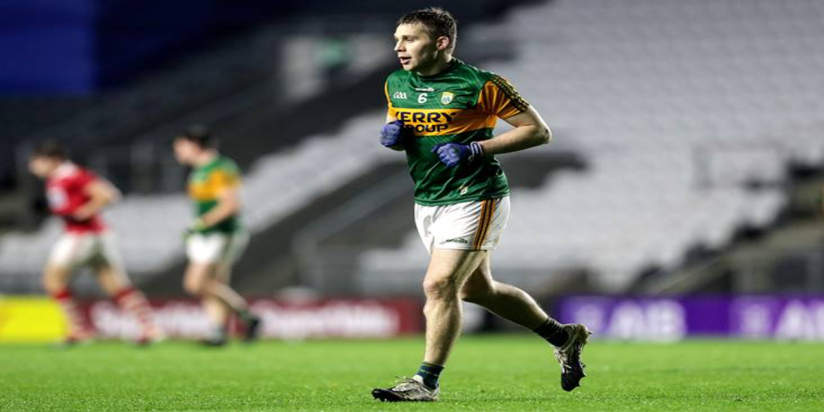 Kerry star Peter Crowley is retiring from international football after 10 years in the Kingdom