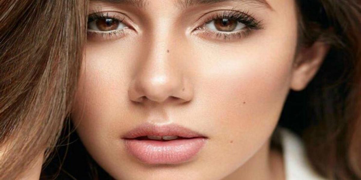 Mahira Khan beauty spots