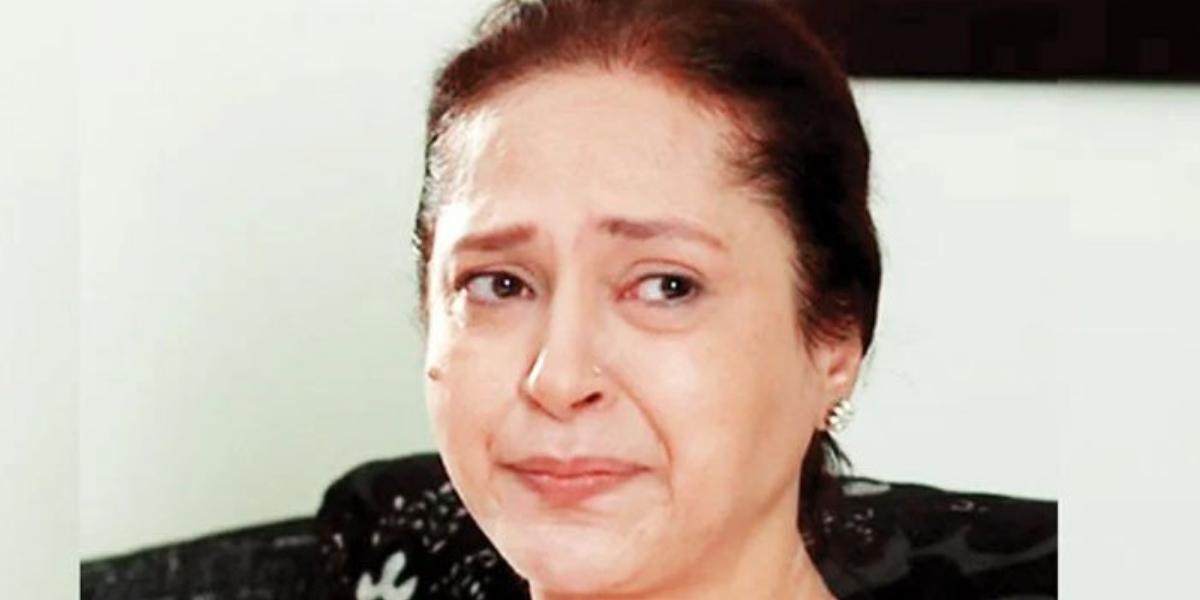 Ismat Zaidi divorce