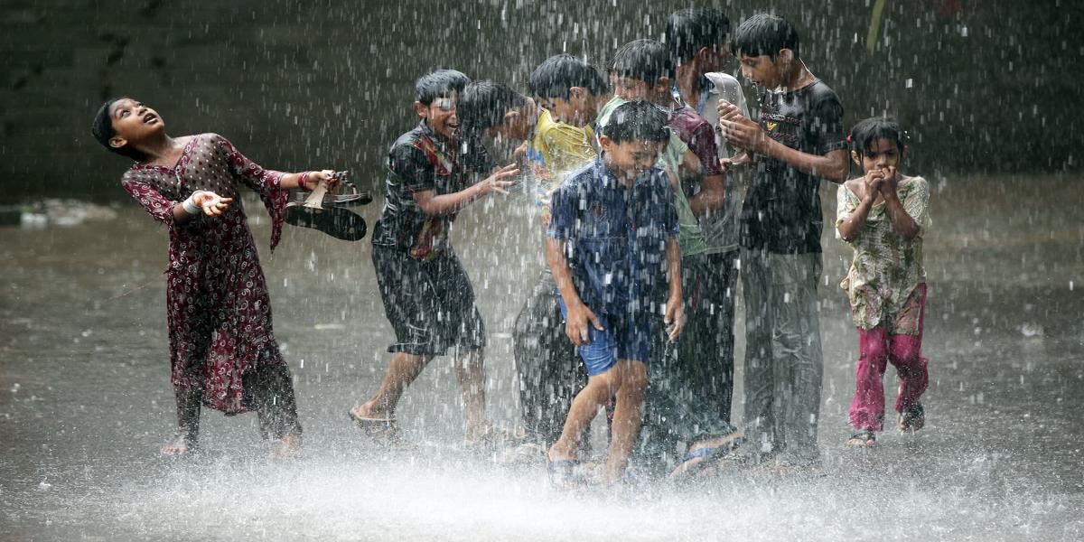 Beware! Pakistan To Receive Spell Of Heavy Rains