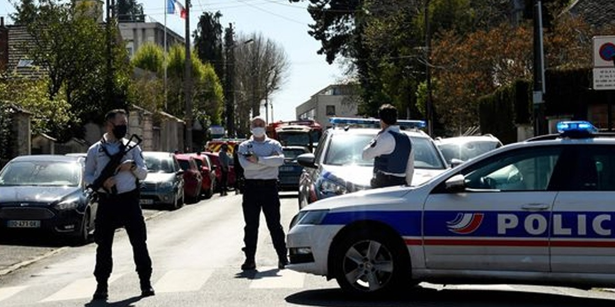 Paris: Man Brutally Stabs Female Police Officer To Death