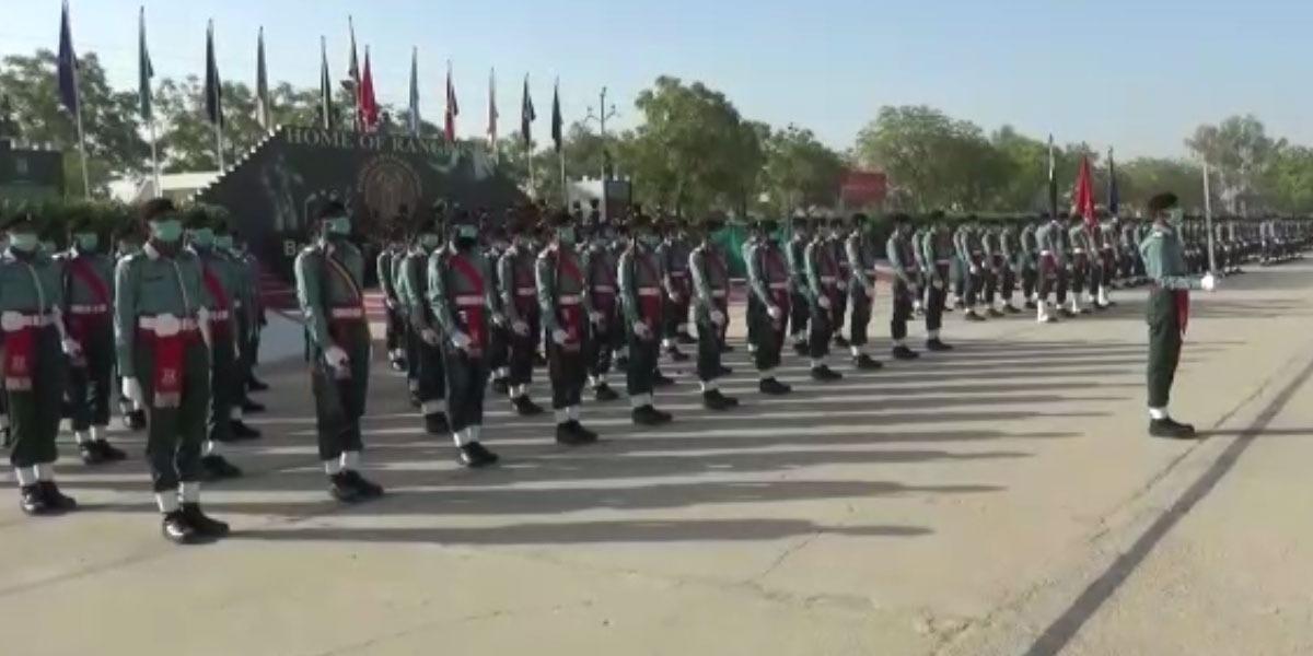 Corps Commander Karachi Reviews Passing Out Parade of 28 Basic Recruit Course