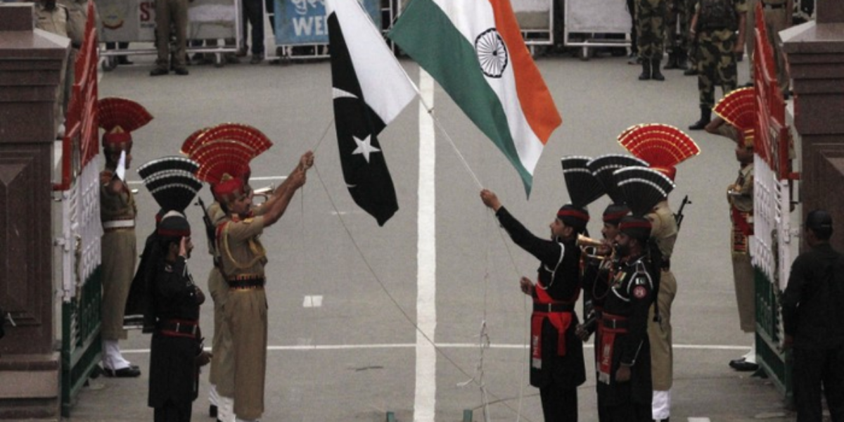 Pakistan Put A Ban On Travellers from India Amid New Variant
