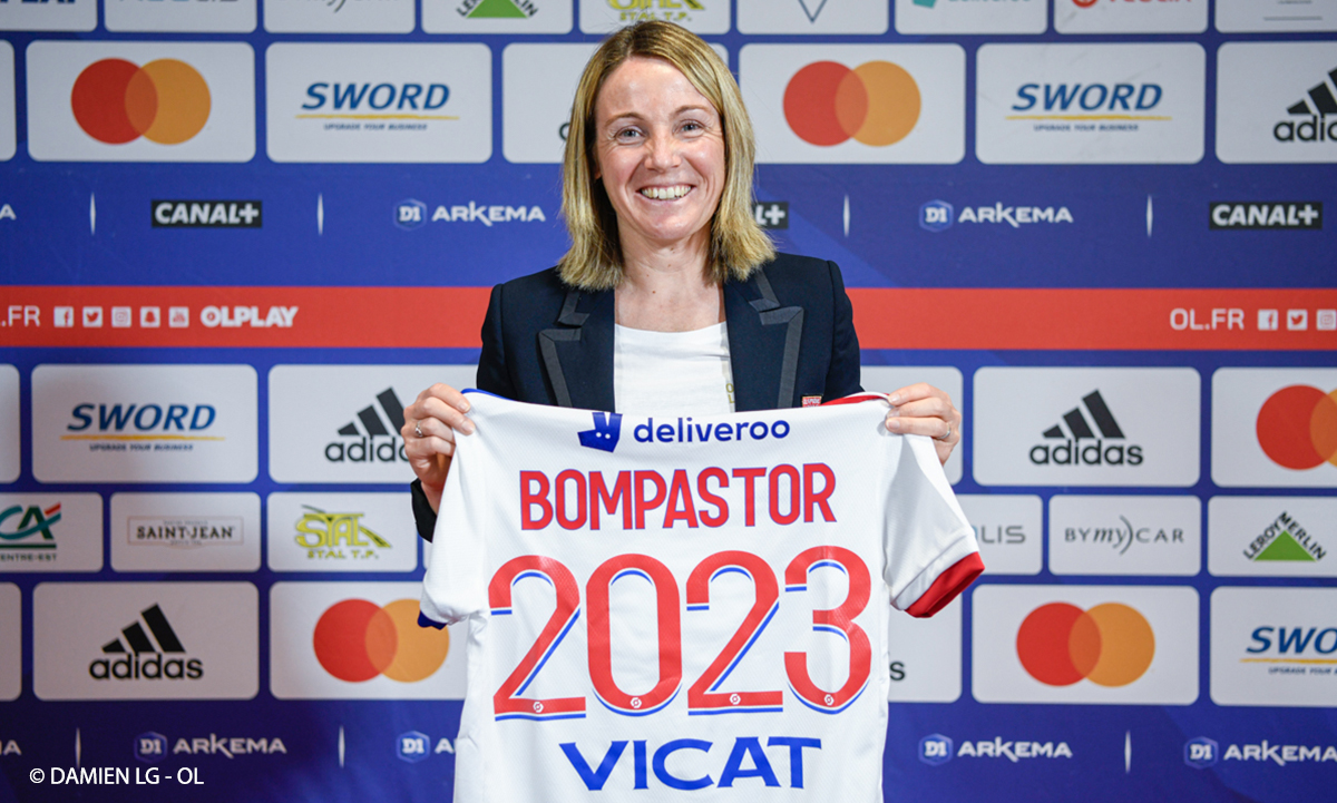 French Women's Champion Lyon name Bompaster as First Female Coach.