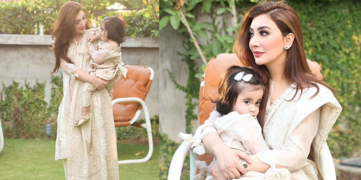 Aisha Khan with daughter Mahnoor