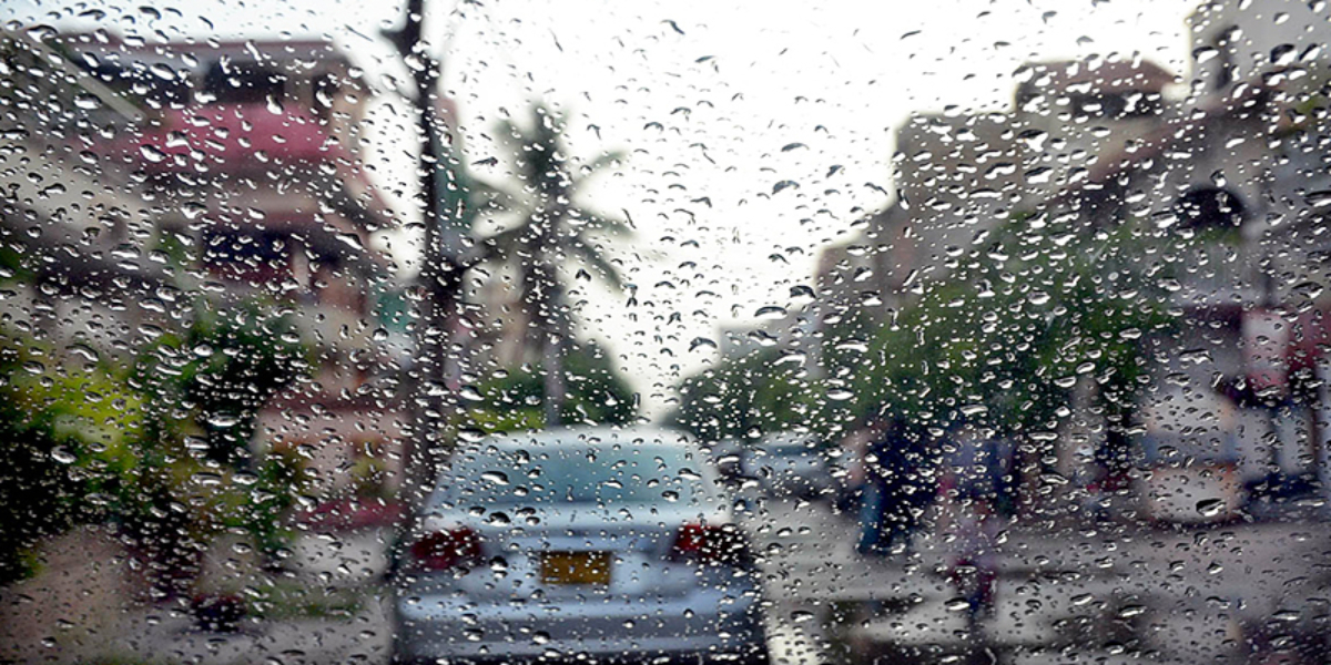 Karachi light drizzling forecast