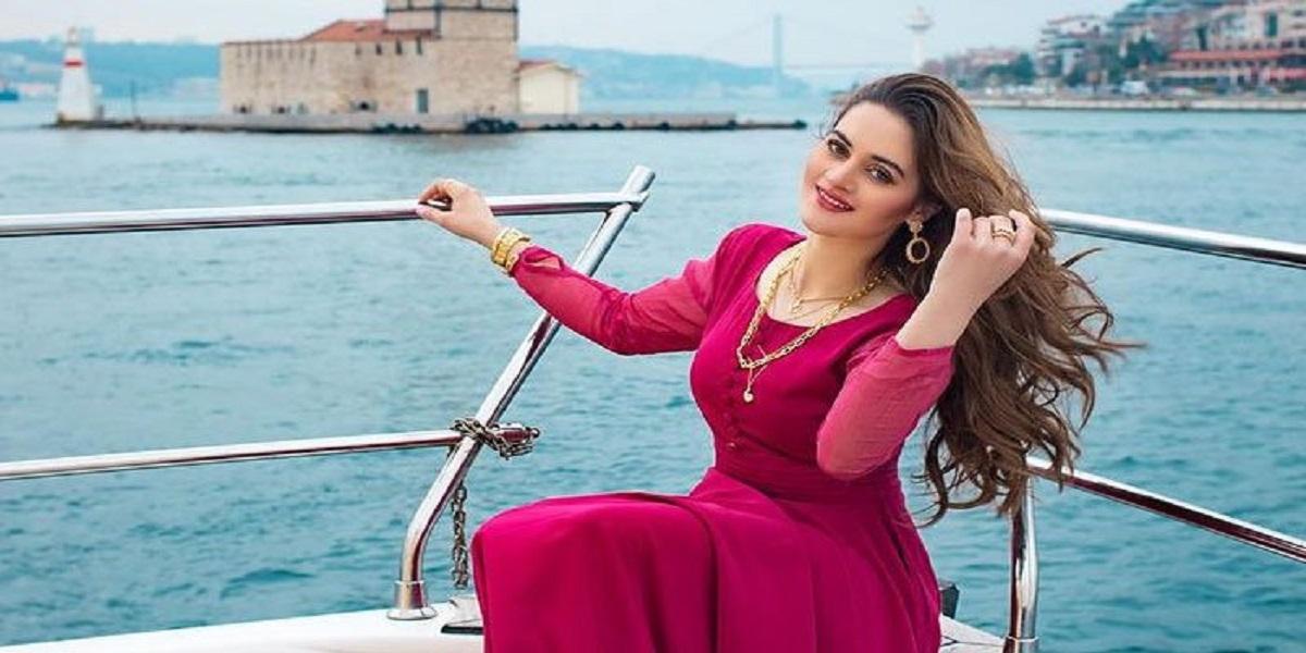 Actress Aiman Khan