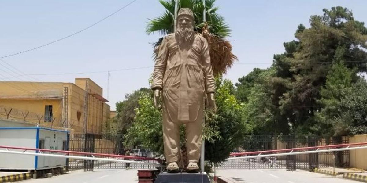 Abdul Sattar Edhi Statue installed