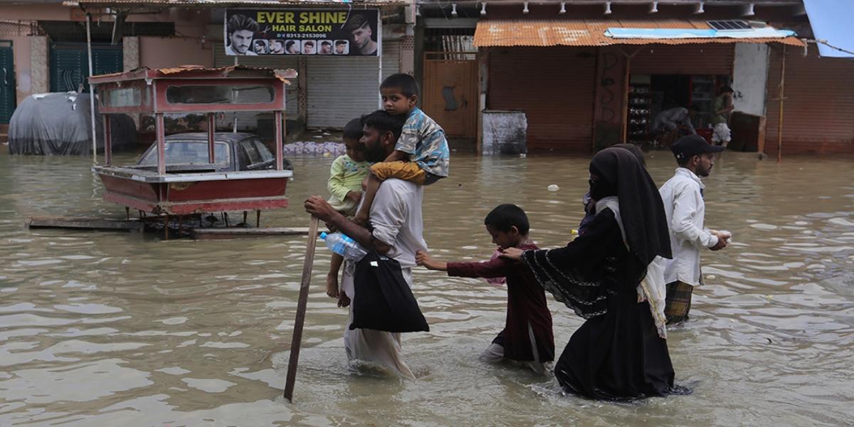 monsoon rain karachi
