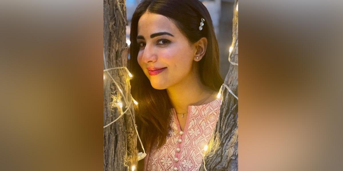 Ushna Shah's photos goes viral