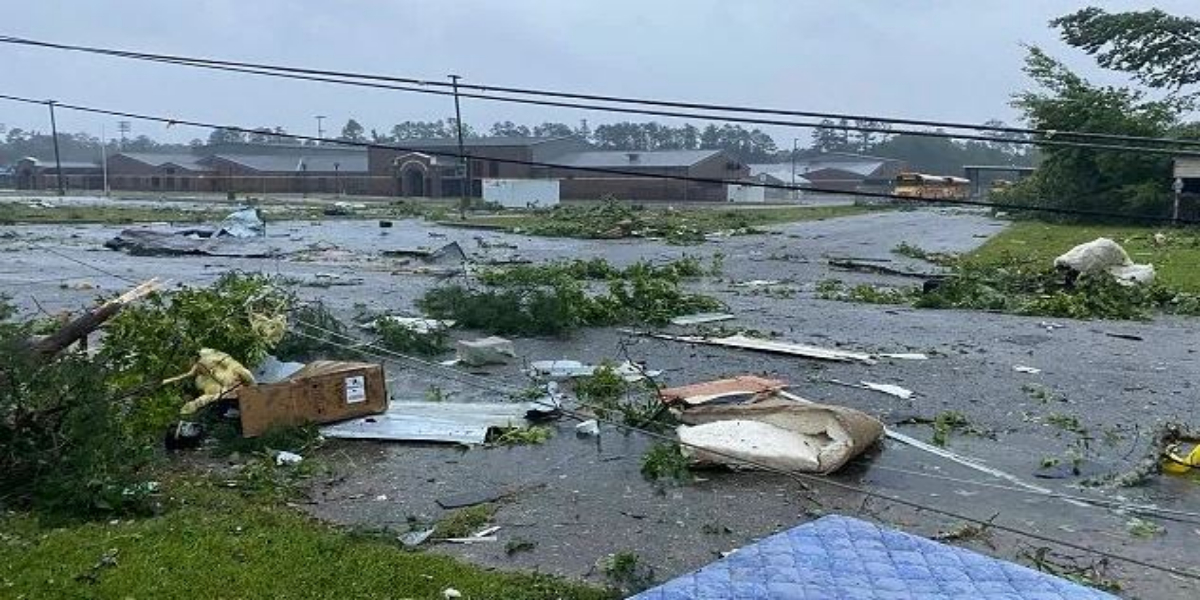 Alabama: Tropical Storm Kills Over Dozen Including Kids