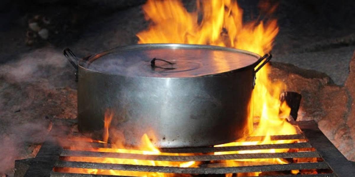 Iraqi cook falls into soup