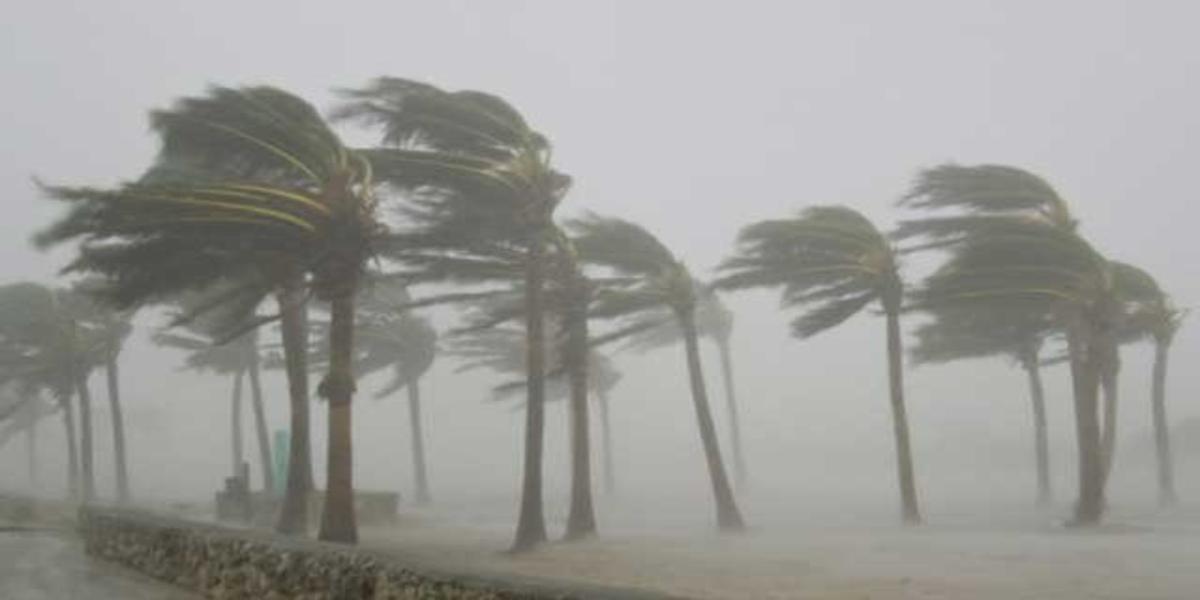 Karachi rains and strong winds