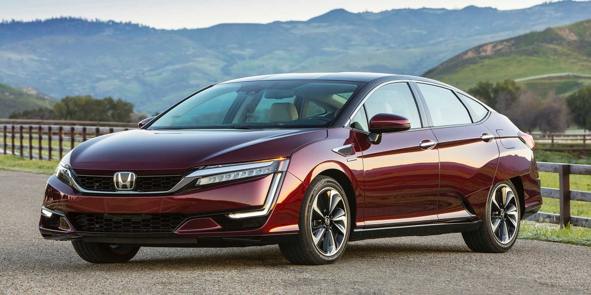 Honda will discontinue production of its hydrogen and plug-in hybrid cars