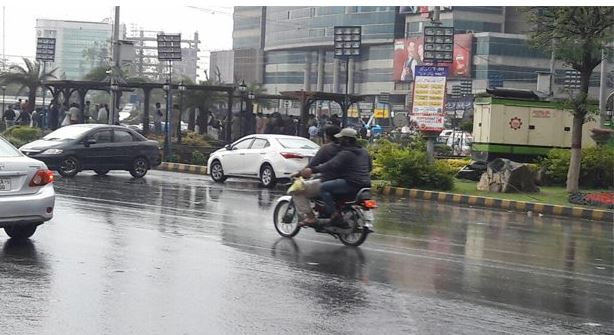 Monsoon First Spell Brings Darkness In Parts Of Karachi