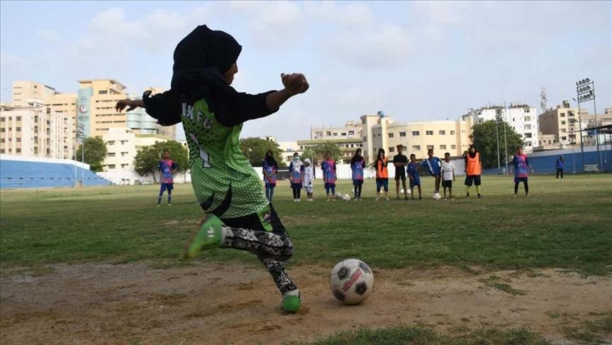 Lyari Football