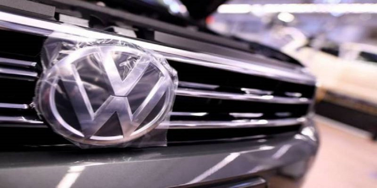 Volkswagen plans to stop selling combustion engine cars in Europe