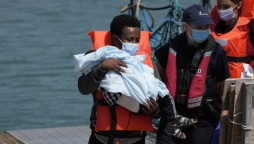 UK lawmakers say conditions for Channel migrants 'shocking