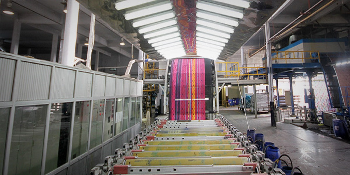 Minister assures Prgmea team of resolving garment sector issues